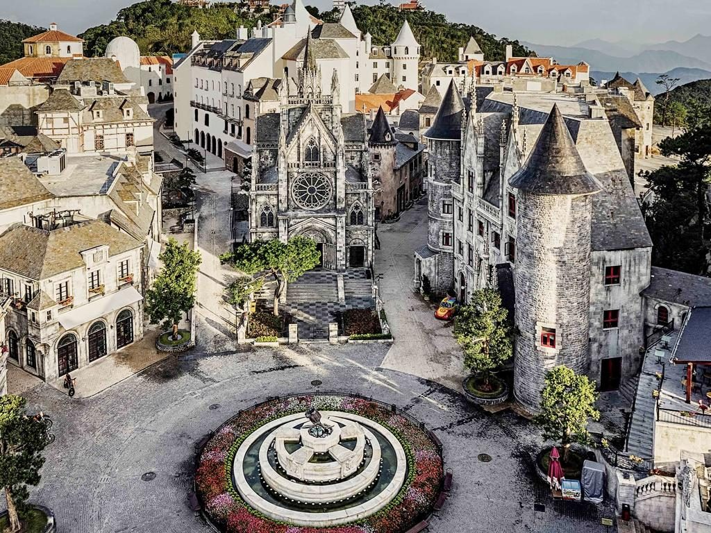 ba na hills french village