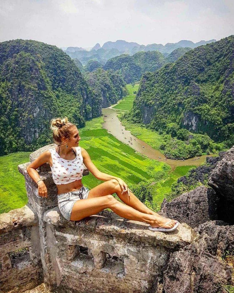 Mua Caves- Ninh Binh Attractions