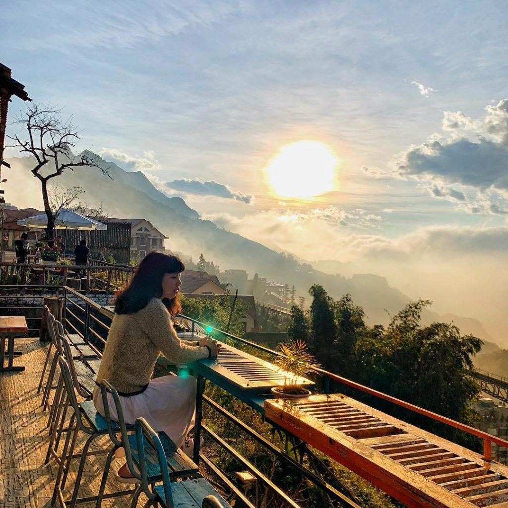 sapa cafe terrace - Viettrekking Home Sapa
