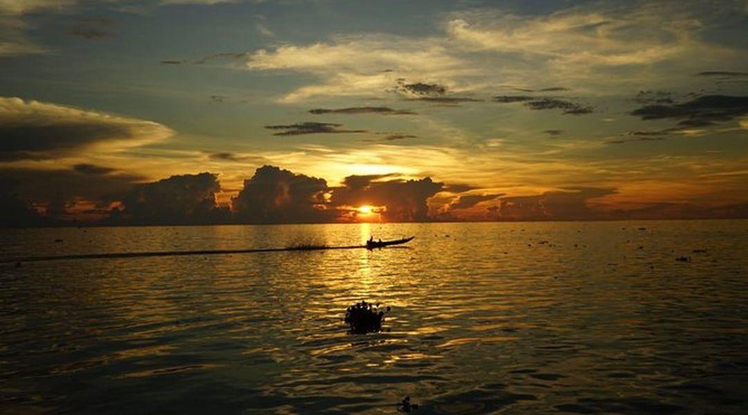 Kampong Phluk floating village Sunset