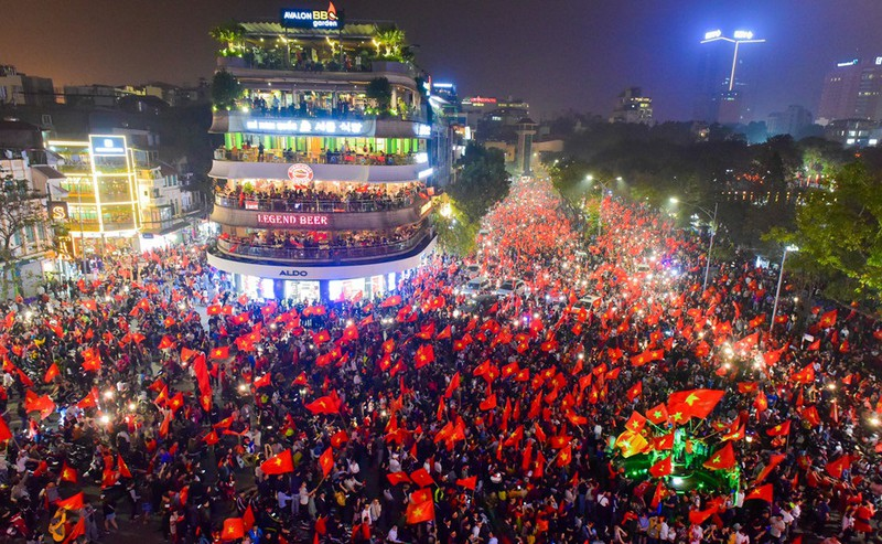 Vietnamese people celebrate Football victory